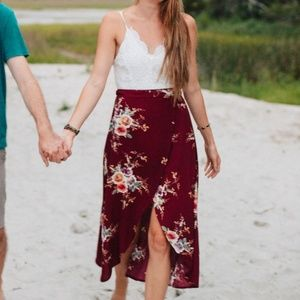 Dresses & Skirts - White and burgundy floral dress